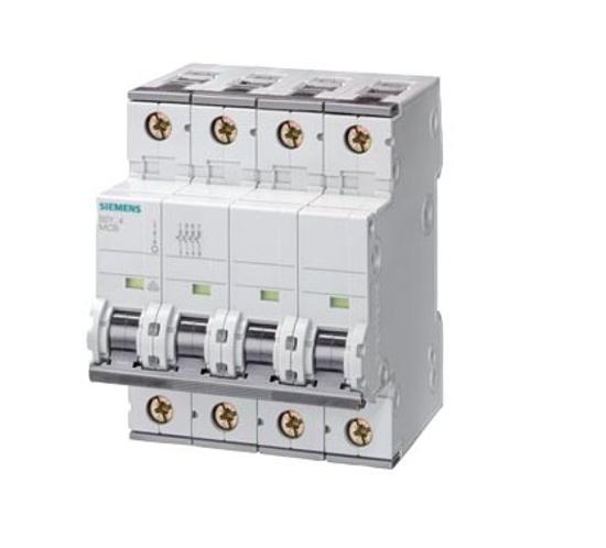 Immagine di Interruttore magnetotermico 400V 6kA, a 4 poli, C, 50A, P=70 mm