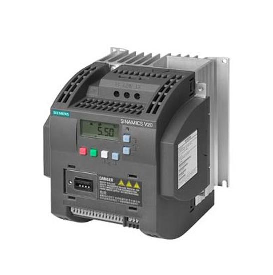 Immagine di SINAMICS V20 3AC 380 ... 480 V - 15/+ 10 % 47-6 potenza nominale 4 kW con sovraccarico del 150 % per 60 sec. filtro integrato C3 interfaccia I/O: 4 DI, 2 DO, 2 AI, 1 AO