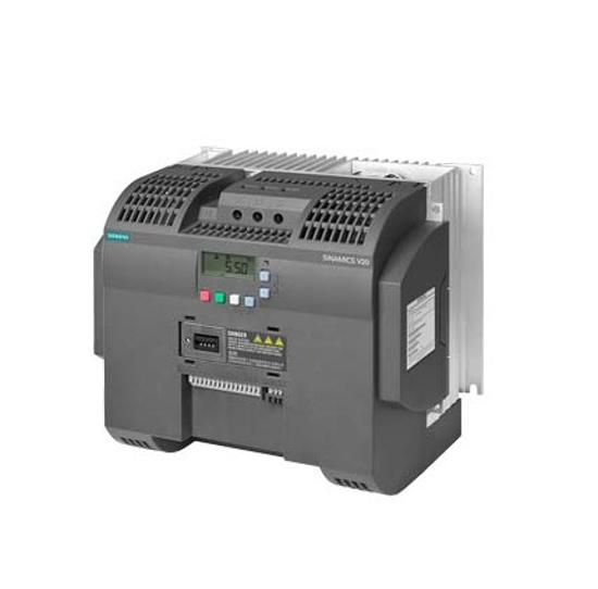 Immagine di SINAMICS V20 3AC 380 ... 480 V - 15/+ 10 % 47-6 potenza nominale 5,5 kW con sovraccarico del 150 % per 60 sec. filtro integrato C3 interfaccia I/O: 4 DI, 2 DO 2 AI, 1 AO